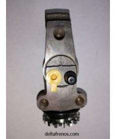 Cilindro de Freno Delantero Izquierdo tubo-sangria 1.1/4