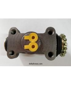 Cilindro de Freno Trasero Derecho tubo-tubo 1.1/8